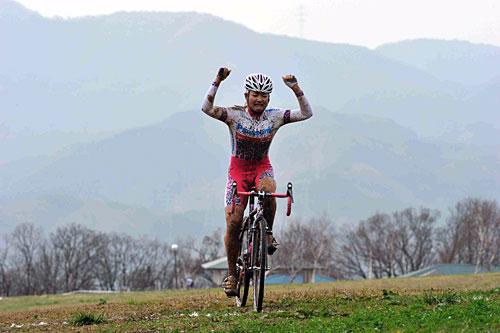 第15回全日本シクロクロス選手権<女子>優勝:豊岡