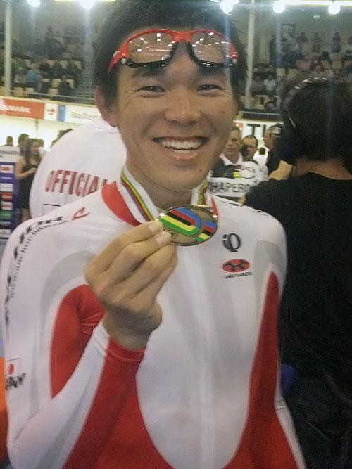 Elezione del Mondo Pista Sheng graffiare medaglia di bronzo