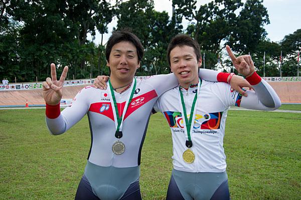アジア選手権 ケイリン 男子ジュニア 金メダル 谷口(右)、銀メダル 清水