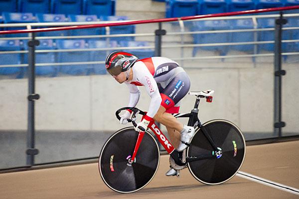 200FTT nuovo record di giapponese nove secondi in un 979 Watanabe
