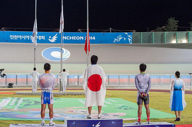 アジア大会オムニアム金メダル! 橋本英也