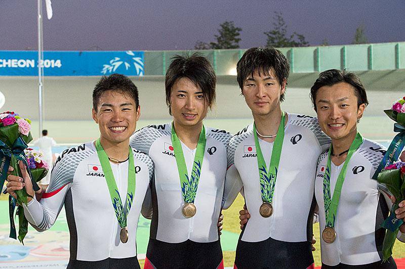 Asian Games squadra medaglia di bronzo ricerca