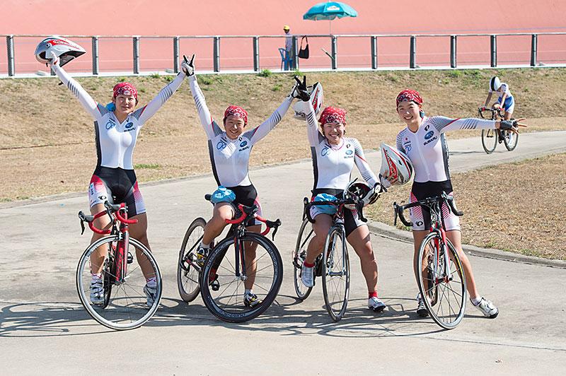 Campionati Asiatici squadra juniores medaglia ricerca dell'oro delle donne!