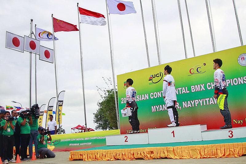 2015年BMXアジア選手権 男子エリート表彰式