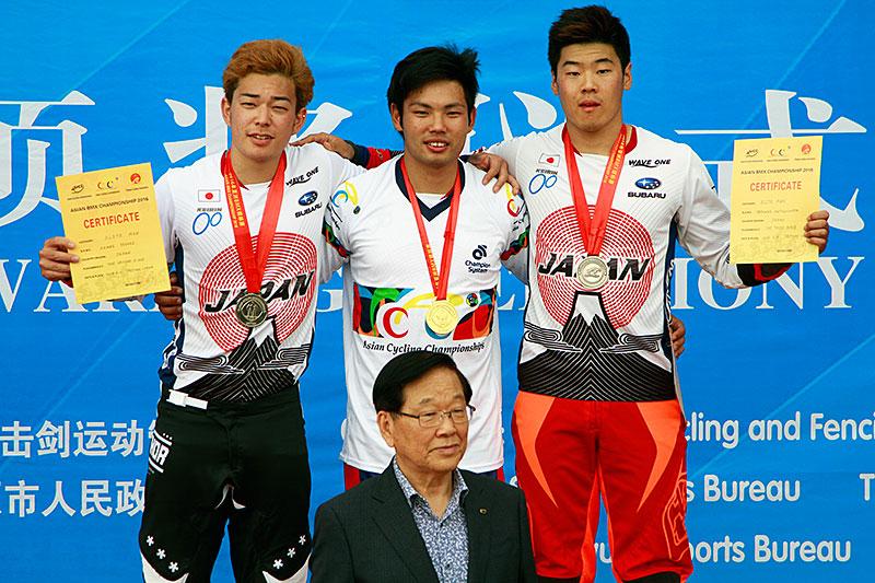 2016年BMXアジア選 男子エリート表彰台独占!